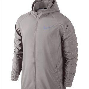 Nike Men's hooded water resistant running jacket
